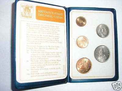 BRITAIN'S FIRST DECIMAL COIN SET - 1971 - 1/2p - 10p - FIVE UNCIRCULATED COINS