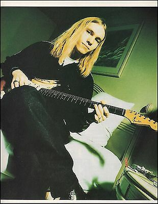 Kenny Wayne Shepherd with 1961 Fender Stratocaster guitar 8 x 11 pin-up photo