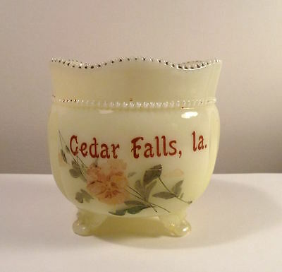 Custard Glass Souvenir VASE CEDAR FALLS IOWA Ruffled Edges