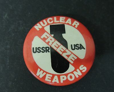 Vintage Freeze Nuclear Weapons Pinback USA USSR Bomb Graphic