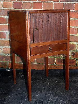 Antique mahogany Georgian bedside cabinet table night stand 1810