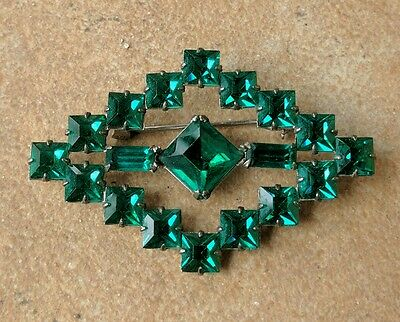 Vintage Sterling Silver Emerald Green Square Rhinestone Diamond Shape Brooch Pin
