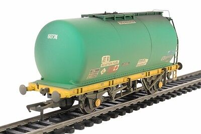 Bachmann 37-587 Tta Tank Wagon Aviation Fuel Green Weathered