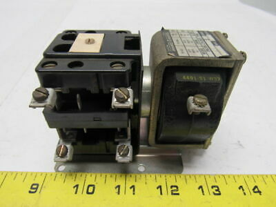 Square D D022 - S4 Class 7001 Series A Pilot Duty Relay 600 V