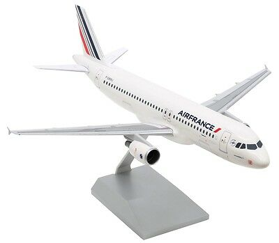 Air France Airbus A320-200 F-GKXU Desk Top Display 1/100 Jet Model AM Airplane