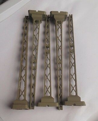 Marklin 7021 Catenary Tower Masts With Molded Bases (5 Pieces)