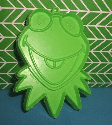 Disney Kermit the Frog Plastic Cookie Cutter Vintage Hallmark Muppets Show GREEN