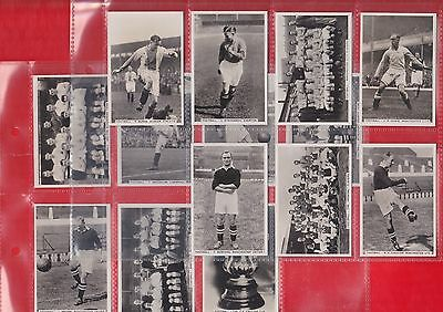 Pattreiouex Cigarette cards, Sporting events & stars footballers, 1935. 22 cards