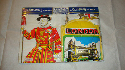 Matching OVen Set Tea Towel & Oven Glove A Causeway Product. London