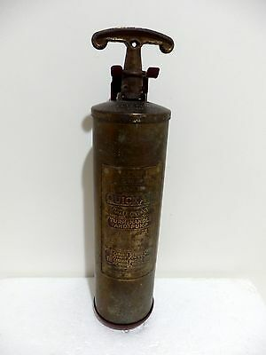 Vintage General Quick Aid Model 85 Fire Guard Extinguisher With Wall Bracket
