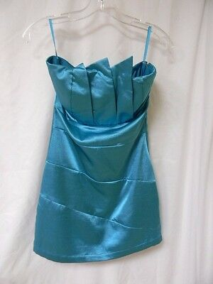 "Jennifer Love Hewitt Production Worn Turquoise Dress From ""the Client List""!"