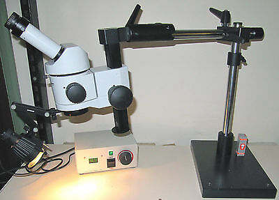 WILD Leitz stereomicroscope M3 Series with Swinging-Arm Stand & Case