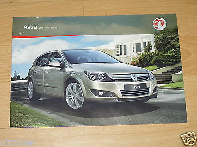 Vauxhall Astra Sales Brochure 2010 Models Edition 1 including VXR