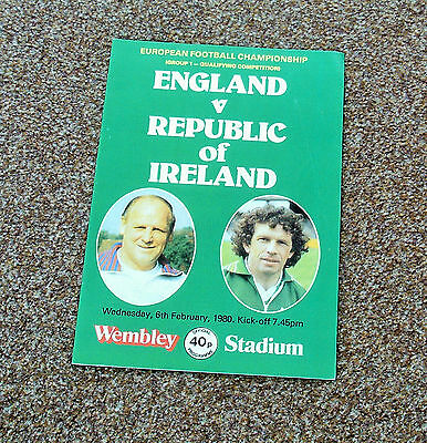 FOOTBALL PROGRAME- ENGLAND v REPUBLIC OF IRELAND (EURO QUALIFYING- 6th FEB 1980)