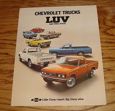 Original 1973 Chevrolet Truck LUV Sales Brochure 73 Chevy