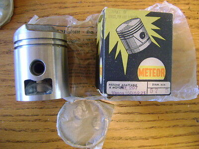 Vespa 150cc 1959-on 57.5mm Piston Complete # 83965 by Meteor of Italy (f870)