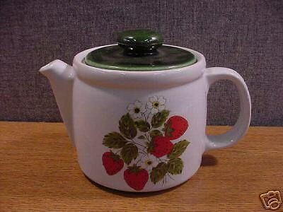 """Cute Vintage Mccoy """"strawberry Country"""" Teapot $50 Value!"""