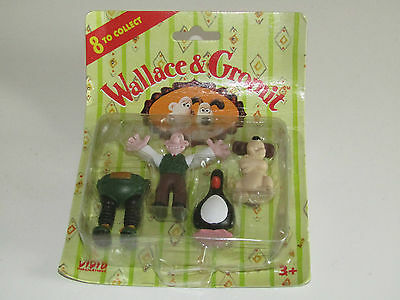 Wallace and Gromit The Wrong Trousers 4 figure set Feathers the Penguin on card