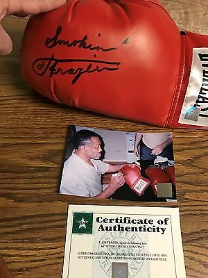 Autographed Joe Frazier Everlast Boxing Glove Insc Smokin Ssg Private Signing
