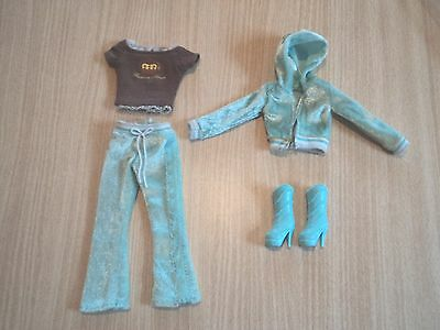 Barbie Fashion Fever Blue Leisure Suit with T-shirt and Boots