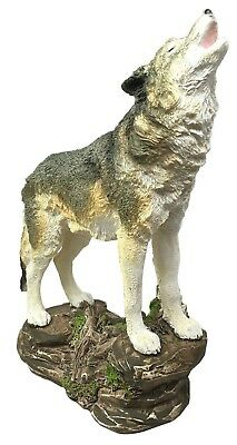 Large Wildlife Forest Howling Gray Alpha Wolf Figurine Nature Woodlands Statue