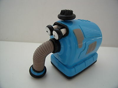Teletubbies  Noo Noo Hoover Toy - Friction Powered & Eyes Pop Out