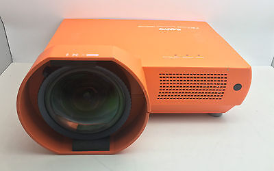 Sanyo PLC-XE40 ULTRA SHORT THROW LCD Projector Fully Working Free UK P&P