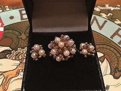 SUPERB VINTAGE 9 CT GOLD BOODLES PEARL STARBURST RING ( size O) AND EARRINGS