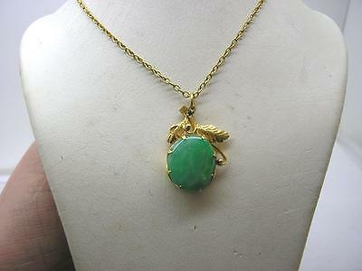 Vintage 18ct Gold Natural Jade Pendant  9ct Gold Chain