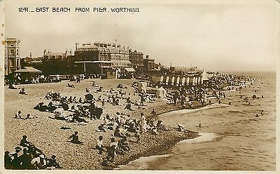 s07696 East Beach from Pier, Worthing, Sussex, England RP postcard unposted