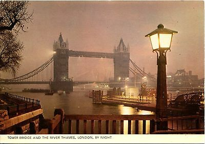 Alte Postkarte - Tower Bridge and the River Thames, London, by night