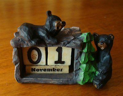 BLACK BEAR Lodge Office Perpetual Desk Calendar Faux Wood Carved Cabin Decor