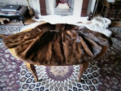 Lovely vtg MAHOGANY mink fur cape, silky supple pelts, excellent condition
