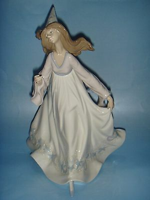Beautiful Lladro Fairy Godmother Figurine , Lladro No:5791 Issued 1991-1994