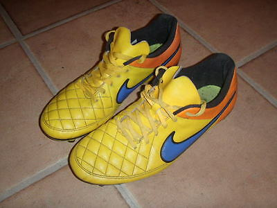 Authentic  Mens Nike Tiempo Football Boots Size 11
