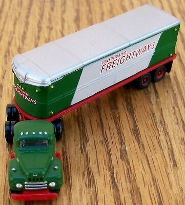 N Scale New Classic Metal Works~CONSOLIDATED FREIGHTWAYS Tractor w/32' Trailer