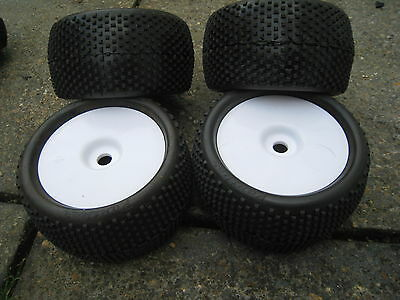 Panther gator 1/8 off road Truggy wheel tyre set super soft New 17mm Hex