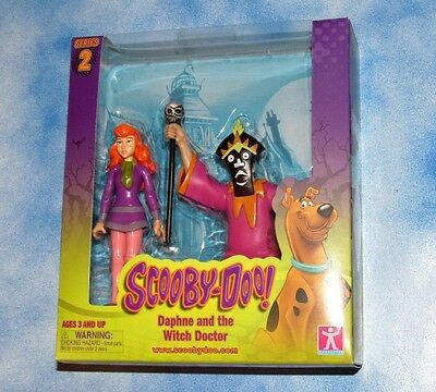 Scooby Doo Daphne And The Witch Doctor Action Figures Brand New Nice Box