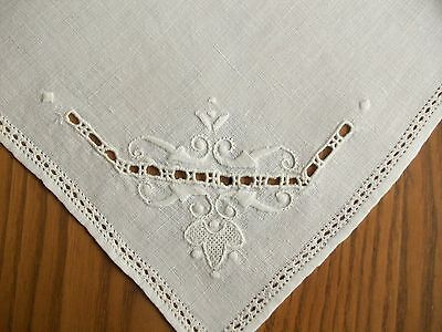 "12 Vintage 16"" Ivory Linen Napkins ~Hand Embroidery & Cutwork ~Drawn Work Border"
