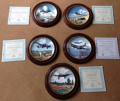 5 x ROYAL DOULTON Heroes of the sky PLATES IN WOODEN MOUNTS ALL WITH CERTS