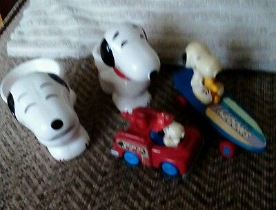 Snoopy Goodies - egg cup, Brush holder erc