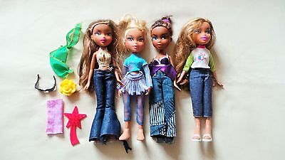4 Bratz Dolls With Accessories (Lot 4)