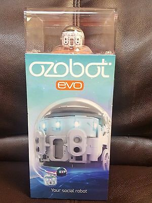 New Ozobot EVO Robot Yout Social Robot White