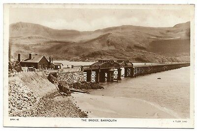 [1103] Wales Merionethshire R/P Postcard The Bridge Barmouth