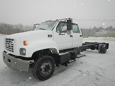 Chevrolet C6500 CREW CAB Cab & Chassis Truck V8 Gas 5 Speed Box Tow Flatbed