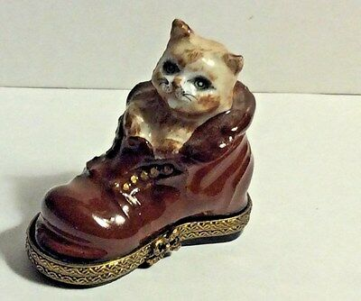 France Limoges Hand Painted Signed Cat in Old Brown Boot Trinket Box