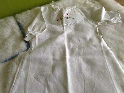 AUTHENTIC VINTAGE 1970s UNUSED BABY BOY/GIRLS INFANTS GOWN NIGHTDRESS  3 MONTHS