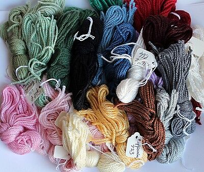 32 Skeins SILK and Ivory Needlepoint Threads FIBERS Asst colors NEW 13-18 ct