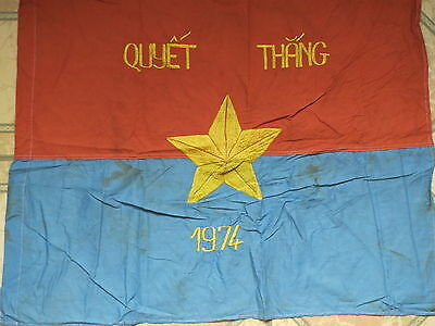 Flag  , RESOLVE TO WIN , do the best to win, North Vietnam , NVA flag 1974