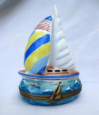 Limoges France Peint Main Sailboat Boat Large Porcelain Hinged Trinket Box